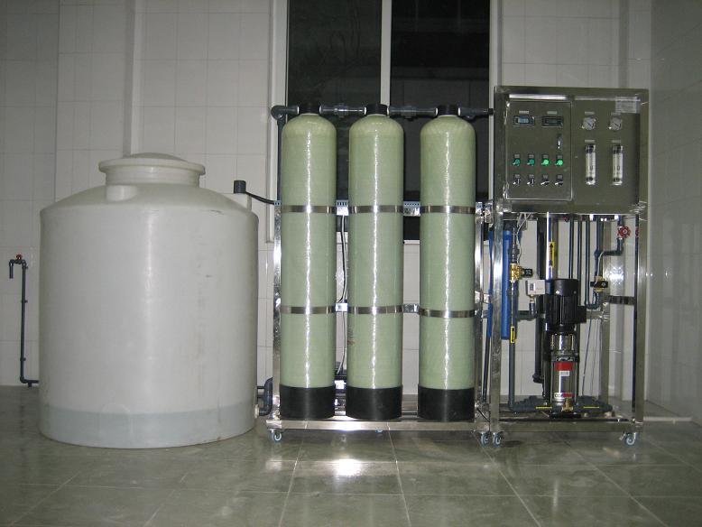 广东肇庆、韶关、潮州、东莞、中山、清远桶装水设备/纯净水设备