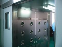 青岛彩钢板单人单吹风淋室价格-- 青岛科尔净化设备有限公司