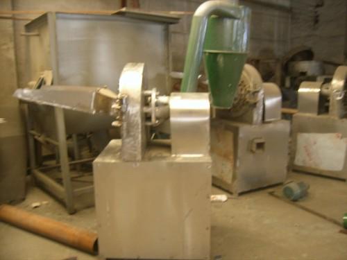 不锈钢万能粉碎机食品专用 (1)