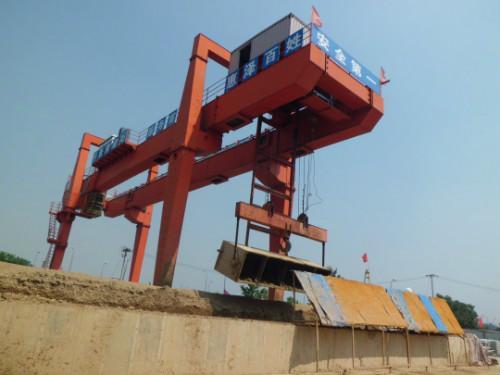 北京回收龙门吊 北京龙门吊回收-- 北京回收天车公司