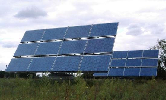 ▲柏林太阳能装置 图片来源:维基百科