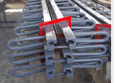 厂家直销C型伸缩缝 60型伸缩缝 多组式公路模数伸缩缝-- 河北顺途橡塑制品公司