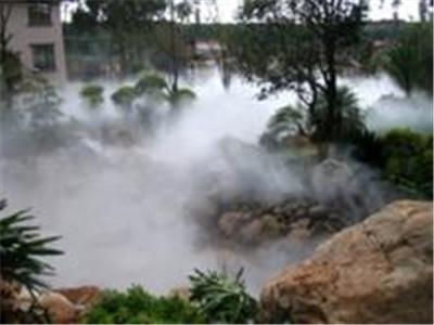 假山水池边的景观人造雾价格优惠-- 深圳通宝环境技术有限公司
