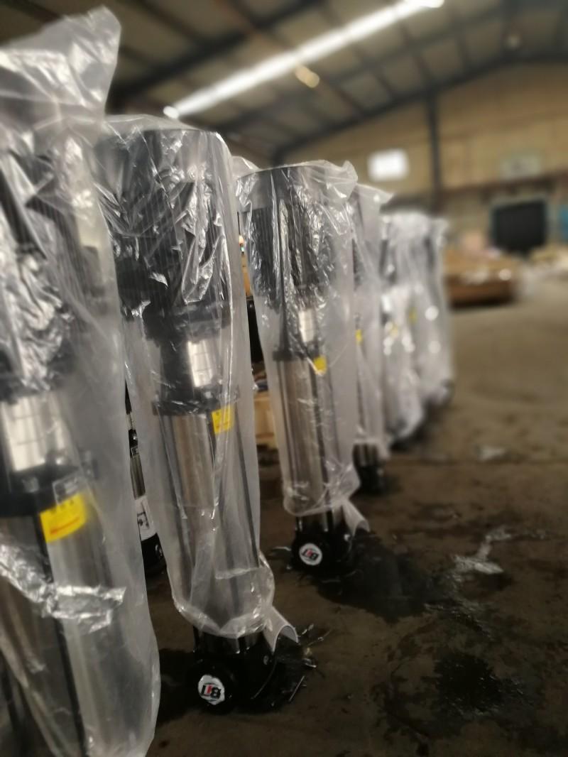 不锈钢立式多级离心泵供应-- 济宁勃亚特水泵公司
