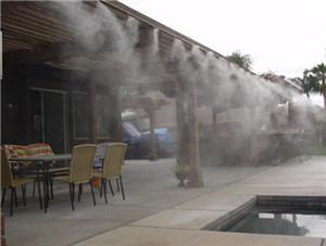 室外餐厅人造雾喷雾降温设备厂家-- 深圳通宝环境技术有限公司