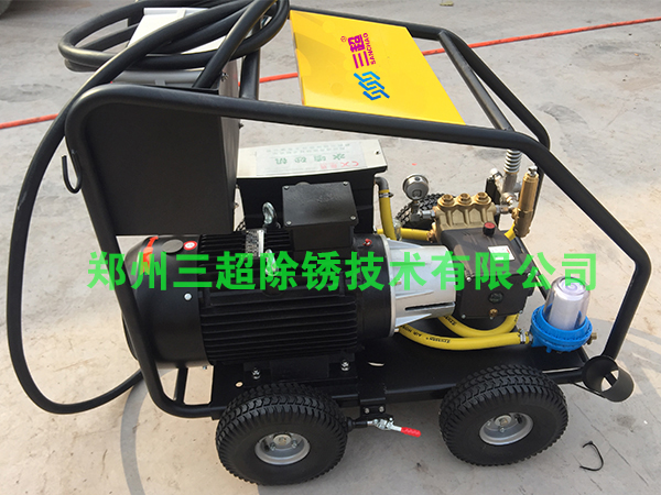 超高压水喷砂机哪家公司的好?-- 郑州三超除锈技术有限公司