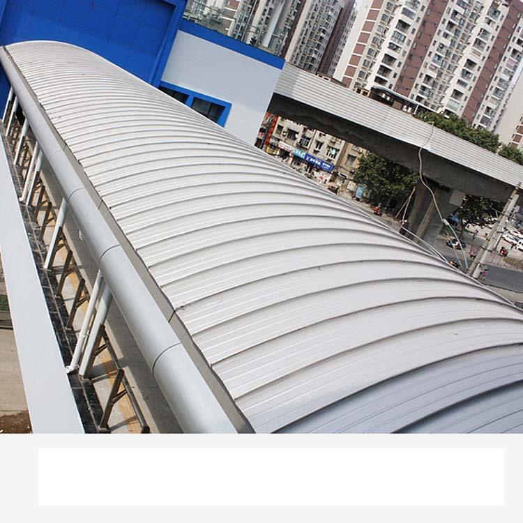 学校图书馆体育馆屋面铝镁锰板 1.0厚氟碳漆金属屋面板430-- 浙江金展钢品制造有限公司