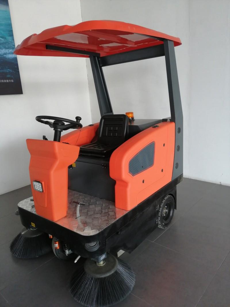 驾驶式电动扫地车1450带遮阳棚环卫清扫车-- 山东美卓工程机械有限公司