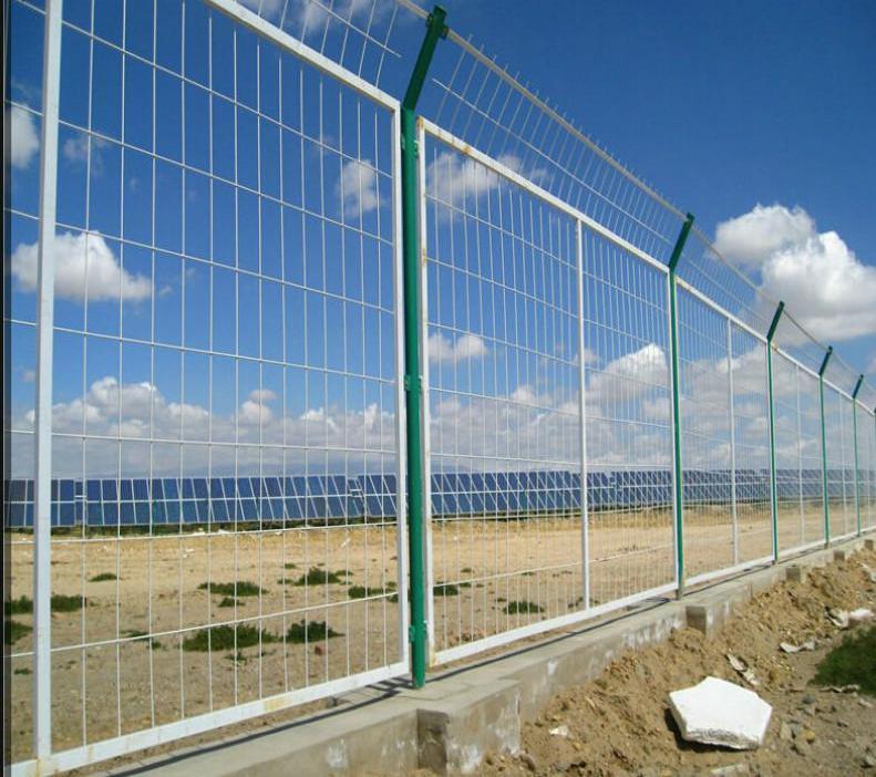 光伏扶贫围栏,电力安全围栏,太阳能电站防护栏杆-- 安平县金淦丝网制造有限公司